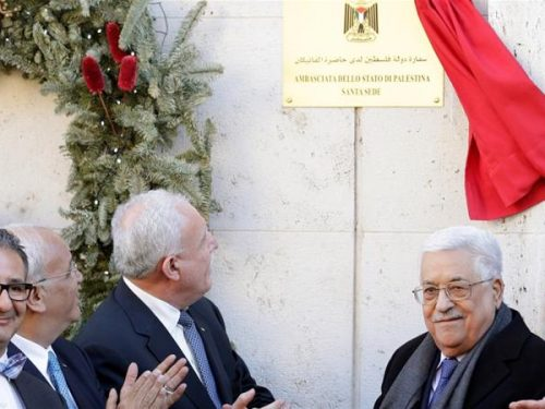 Abbas opens Palestine embassy in Vatican City, Pope recognizes Palestine